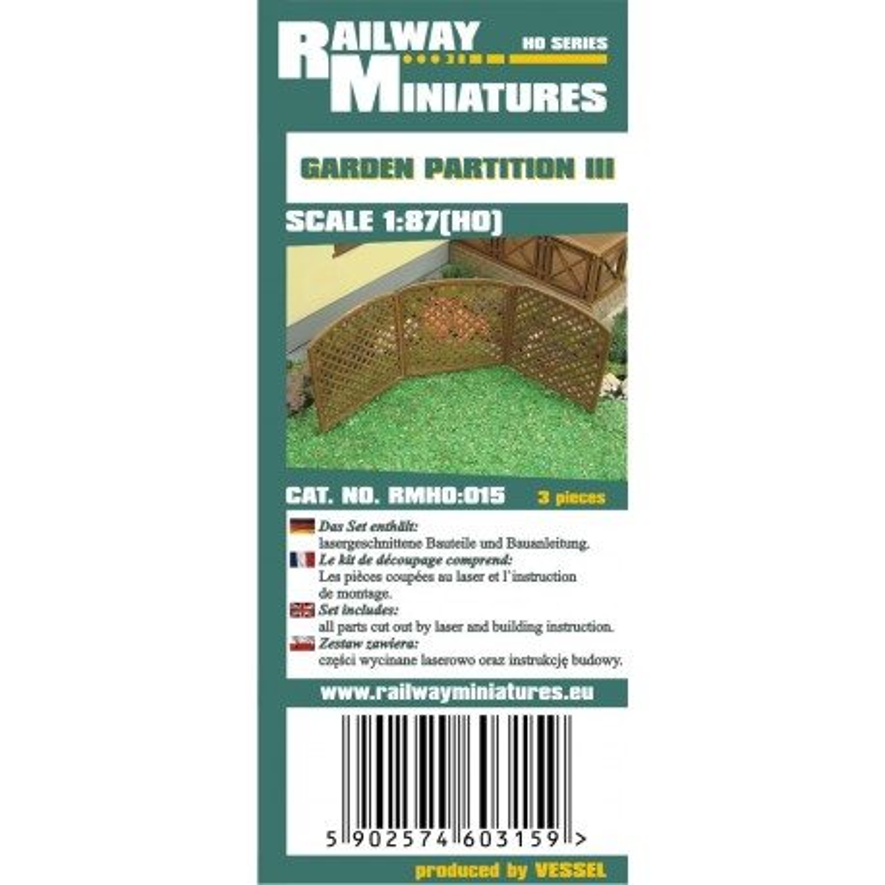 RMH0:015 Garden Partition III